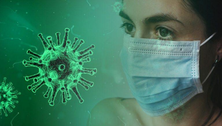 Comment les masques arrêtent le virus ?